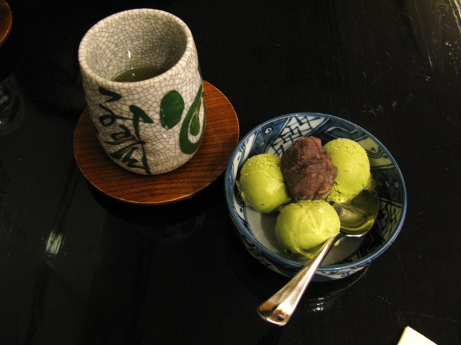 Green tea ice-cream with red bean paste