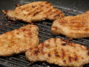 Fig. 4 Lemongrass pork fried on griddle pan