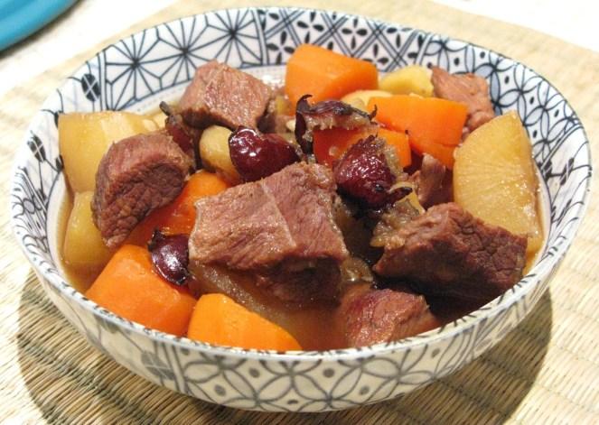 Korean Style Braised Beef Brisket with Red Dates