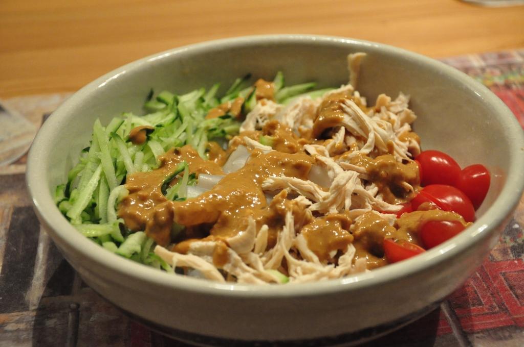 Chinese Shredded Chicken & Mung Bean Sheets Salad (涼拌雞絲粉皮)
